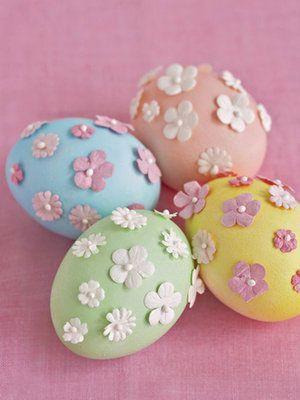 ägg dekoration pappersblommor